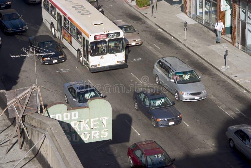 i stadens centrum trafik arkivbild