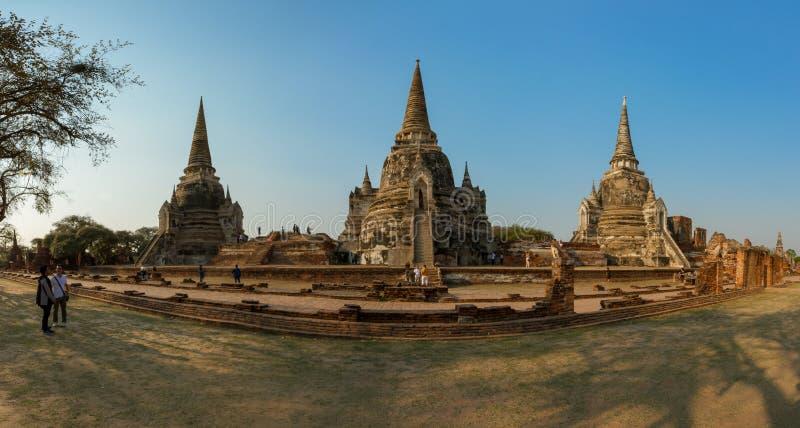 I tre Chedis di Wat Phra Si Sanphet fotografia stock