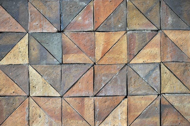I vecchi modelli d'annata delle mattonelle della parete delle terraglie handcraft dal pubblico della Tailandia immagine stock