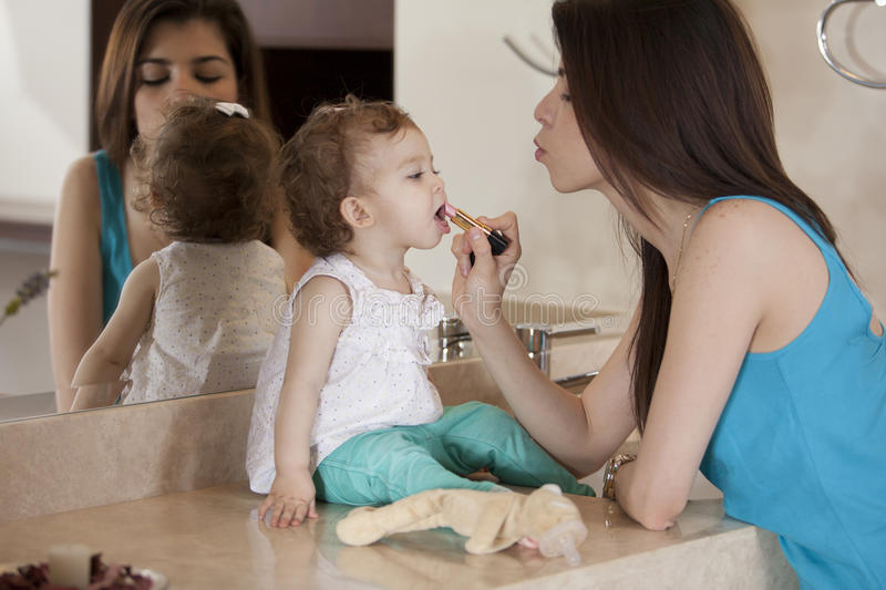 Download I Want To Look Pretty Like Mom Stock Image - Image: 33828781