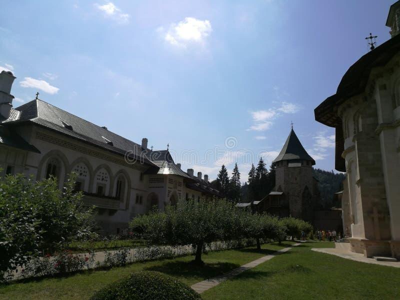 Iarda del monastero di Putna immagini stock libere da diritti