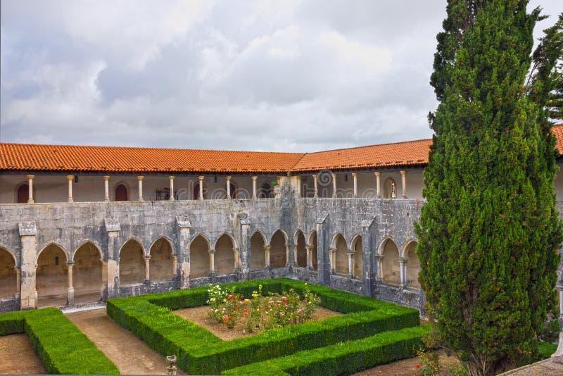 Iarda interna del monastero medievale domenicano di Alcobaca, Portogallo immagine stock