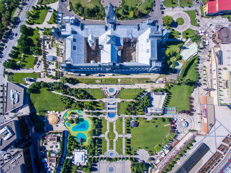 Iasi, Ρουμανία, τον Ιούλιο του 2017: Λεωφόρος παλατιών και κέντρο της πόλης Iasi στοκ εικόνα με δικαίωμα ελεύθερης χρήσης
