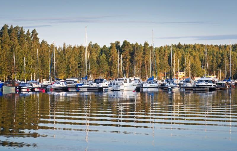 Download Iate e barcos de prazer foto de stock. Imagem de barco - 26502502