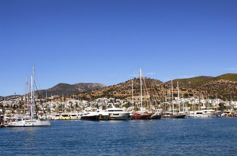 Iate e barcos de vela luxuosos fotografia de stock royalty free