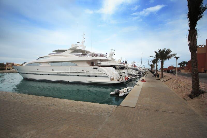 Iate luxuosos no EL Gouna, Egipto fotos de stock royalty free