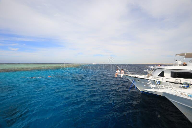 Iate no Mar Vermelho imagem de stock