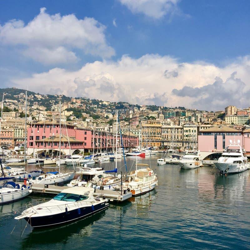 Iate no porto de Genebra fotografia de stock royalty free