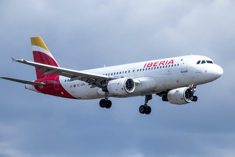 Iberia, ισπανική αερογραμμή, airbus A320 - 214 στοκ φωτογραφία