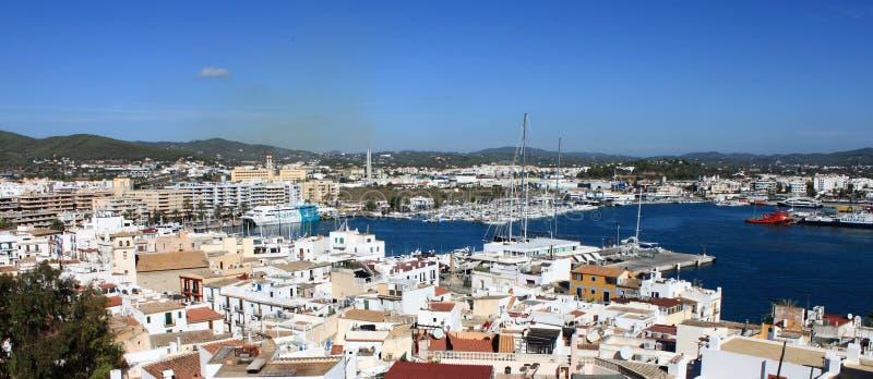 Ibiza镇全景  免版税库存照片