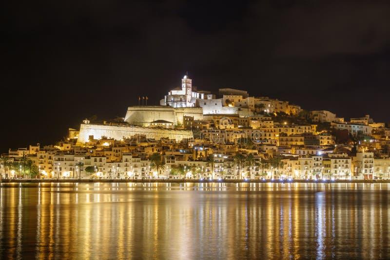 Ibiza Dalt Vila du centre la nuit image libre de droits