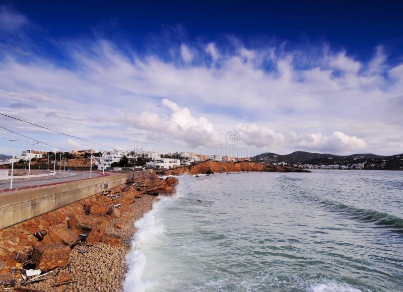 Ibiza-Küstenlinie, die Balearischen Inseln lizenzfreie stockbilder