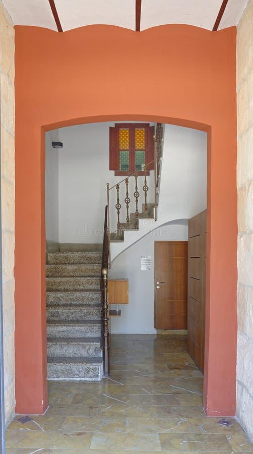 Ibiza, Spanje: interne treden: huis stock foto