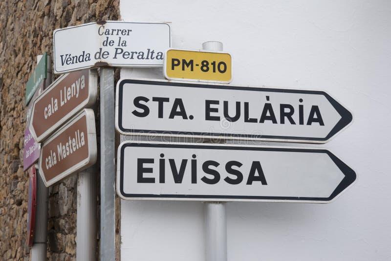 Ibiza vägvägvisare, Balearic Island fotografering för bildbyråer