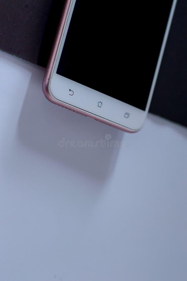 Icône arrière de bouton aux téléphones androïdes image libre de droits