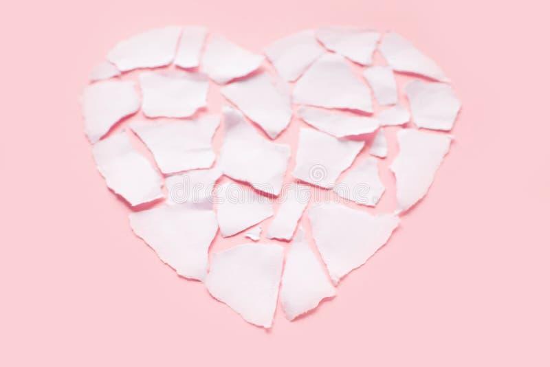 Icône de séparation et de divorce de concept de dissolution du coeur brisé blanc image libre de droits