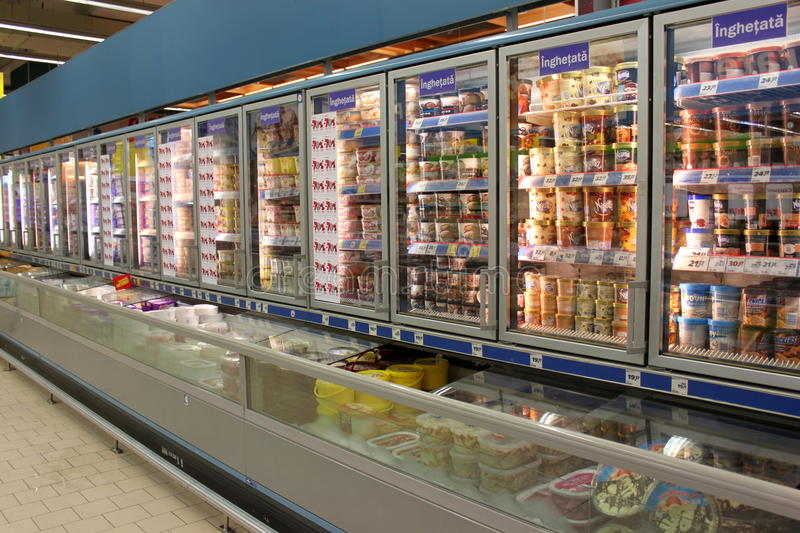 Download Ice Creams In Grocery Store Editorial Image - Image: 32699375