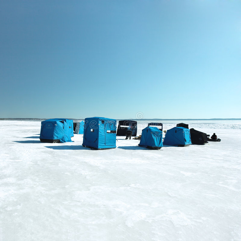 Free Ice Fishing Stock Photos - 2038083