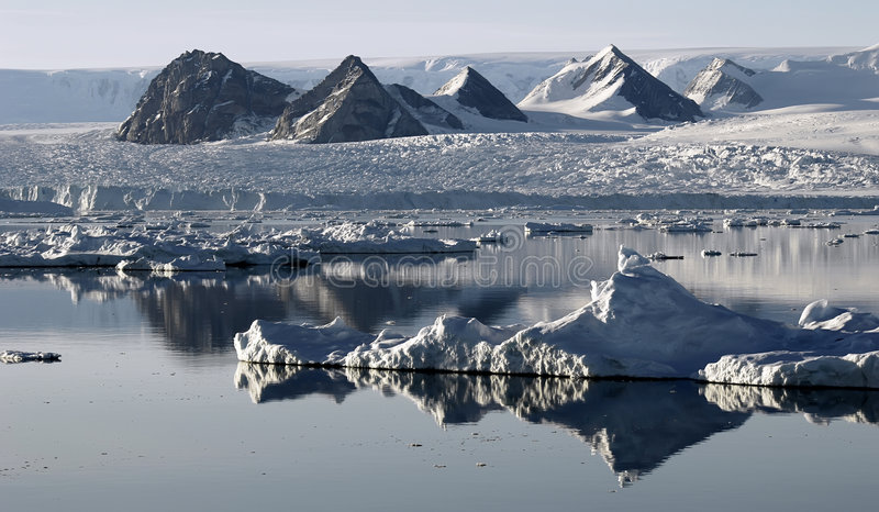 Download Ice Floe Resembling Mountains Royalty Free Stock Image - Image: 2624686