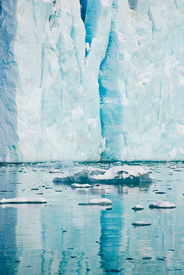 Iceberg imagenes de archivo