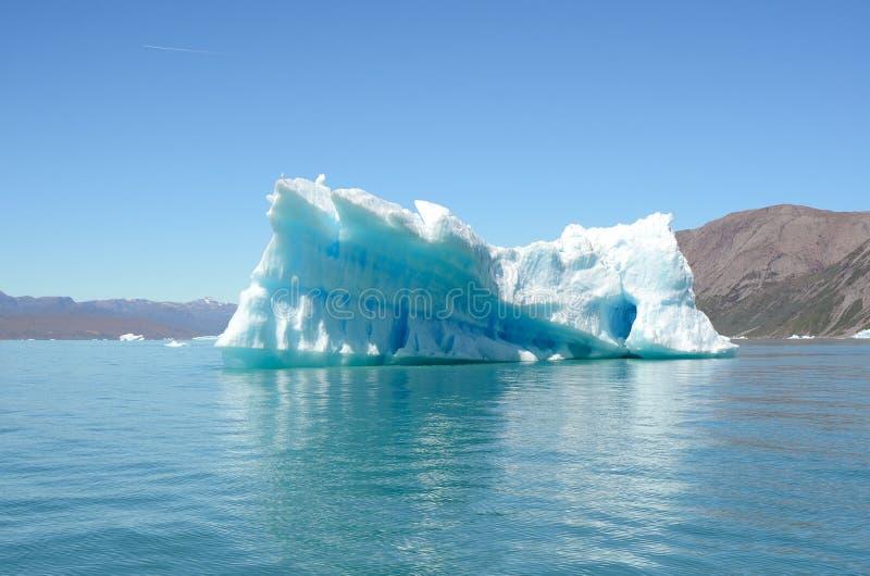 Iceberg che galleggiano nell'Oceano Atlantico, Groenlandia fotografia stock libera da diritti