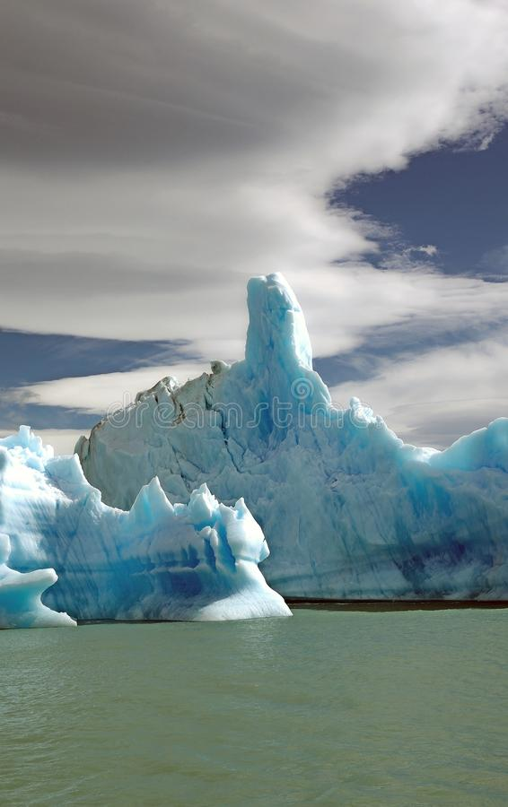 Iceberg da geleira em Argentino Lake, Argentina de Upsala fotos de stock royalty free