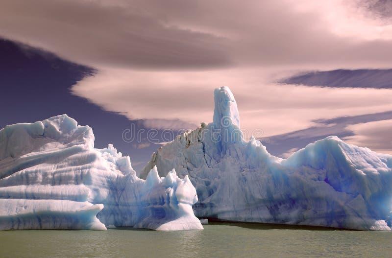 Iceberg da geleira em Argentino Lake, Argentina de Upsala imagem de stock