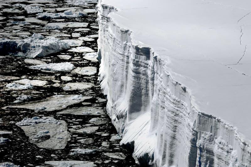 Iceberg de Tableau de ci-avant photographie stock libre de droits