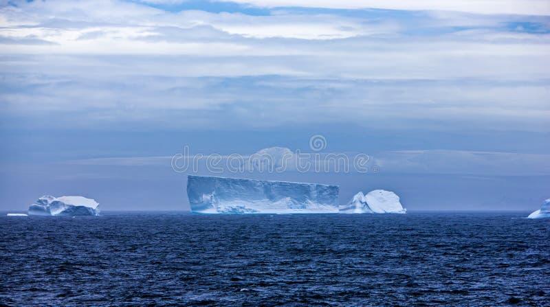 Iceberg en Antarctique Landscape-3 photos stock