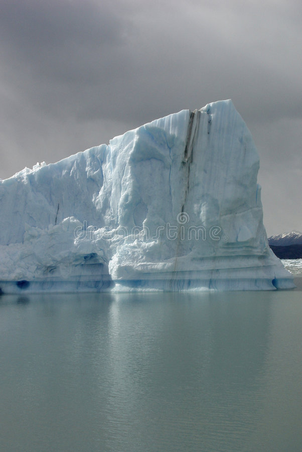 Download Iceberg En El Patagonia (2) Imagen de archivo - Imagen de iceberg, rango: 1298467