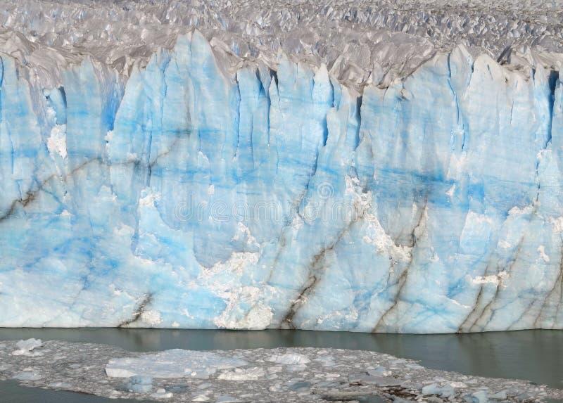 iceberg Geleira ?rtica A parede do gelo azul imagem de stock royalty free