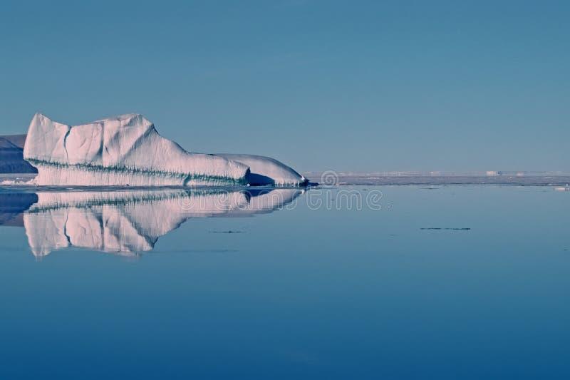Iceberg no ártico elevado canadense fotos de stock royalty free