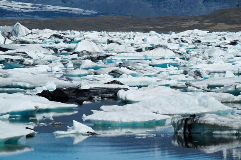 Iceberg no louro de Icelands Joekulsarlon fotos de stock royalty free