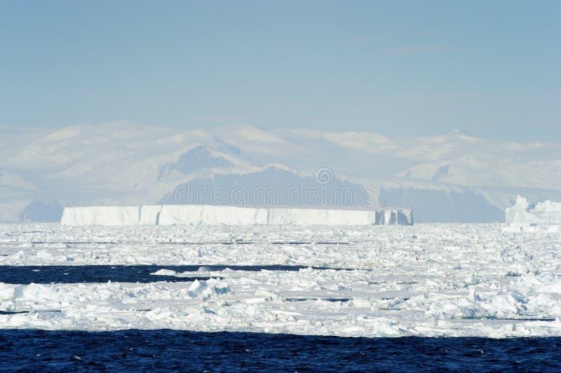 Download Iceberg stock photo. Image of extreme, landscape, antarctic - 31765404