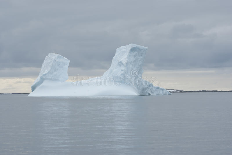 Download Iceberg In The Southern Ocean. Stock Image - Image: 28161353