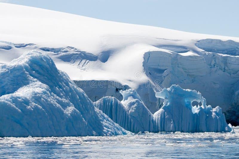 Icebergs azules foto de archivo libre de regalías