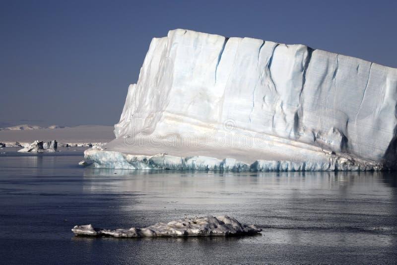 Icebergs de l'Antarctique - de la mer de Weddell photo libre de droits