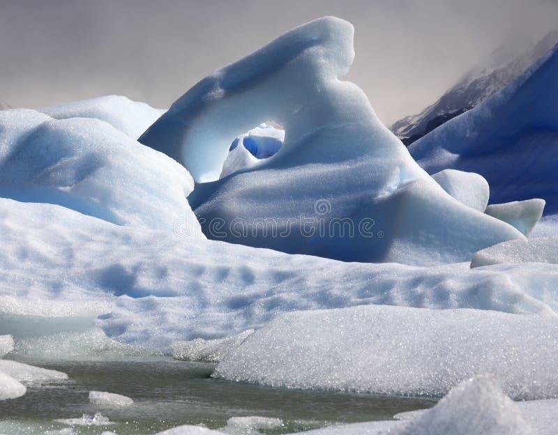 Icebergs - largo gris - Patagonia - Chile fotos de archivo