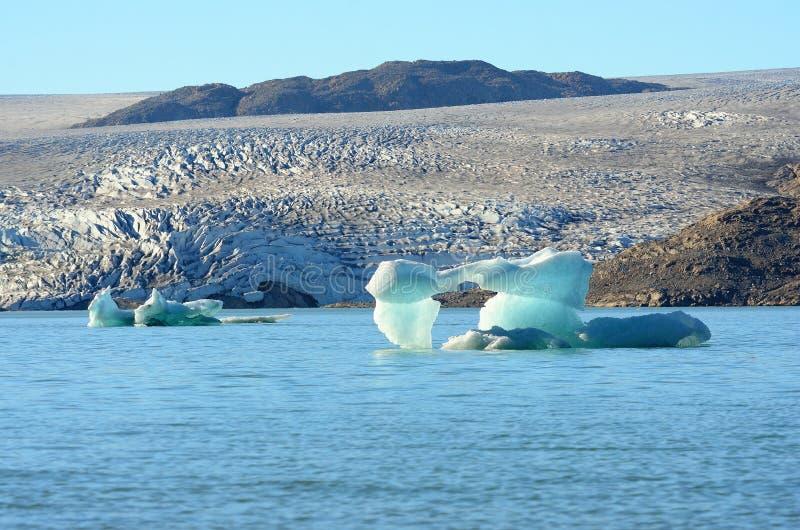 Icebergs que flotan en el Océano Atlántico, Groenlandia imagen de archivo libre de regalías