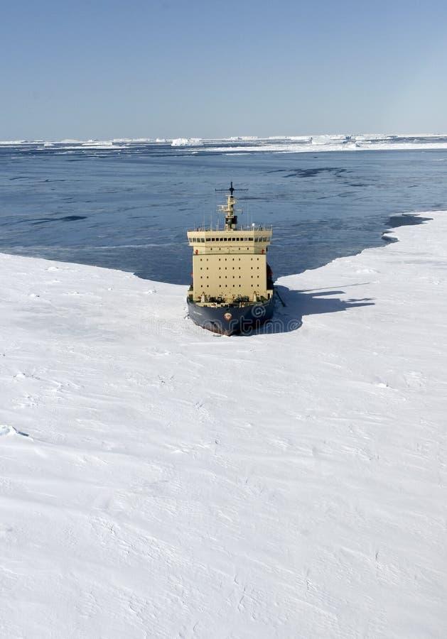 Icebreaker op Antarctica royalty-vrije stock fotografie