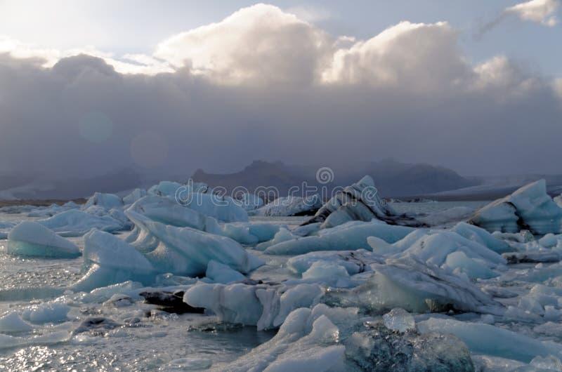 Iceburgs w Glacjalnej lagunie fotografia royalty free