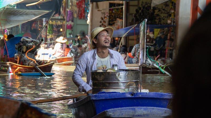 Icecreamsäljare i Bangkok royaltyfri fotografi