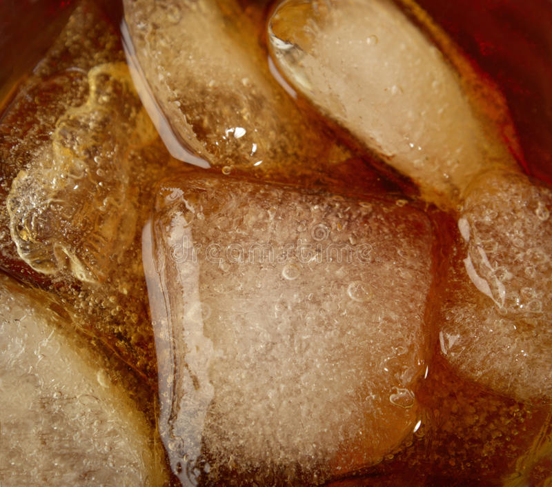 Icecubes en wiskey fotos de archivo libres de regalías