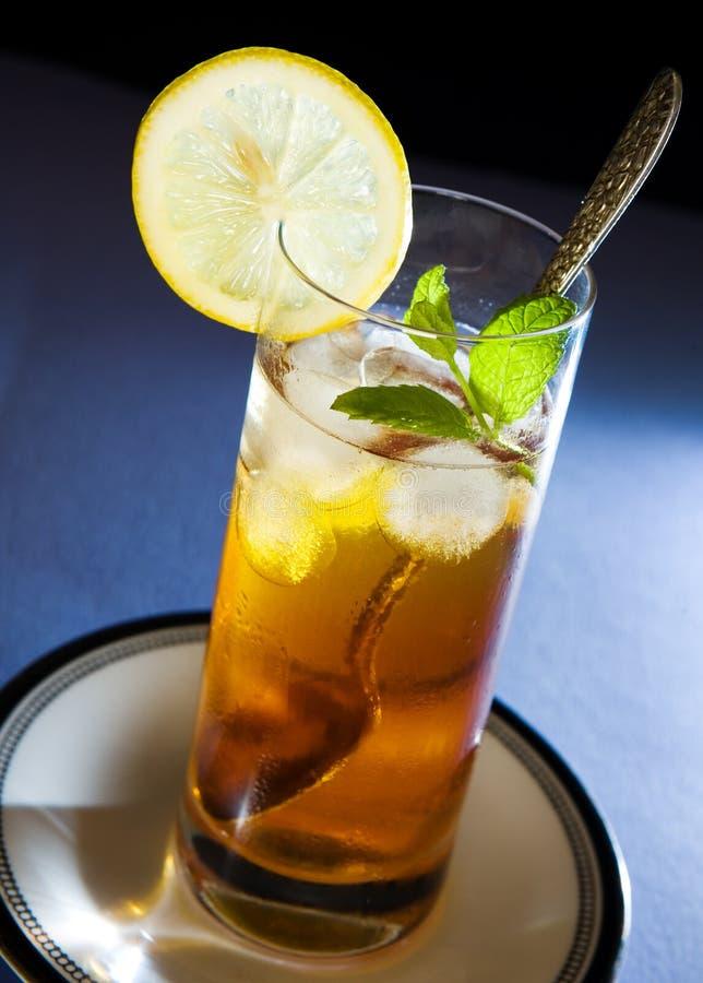 iced citronminttea arkivfoton