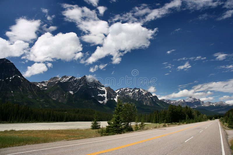 Icefields Parkway in Canada stock photography