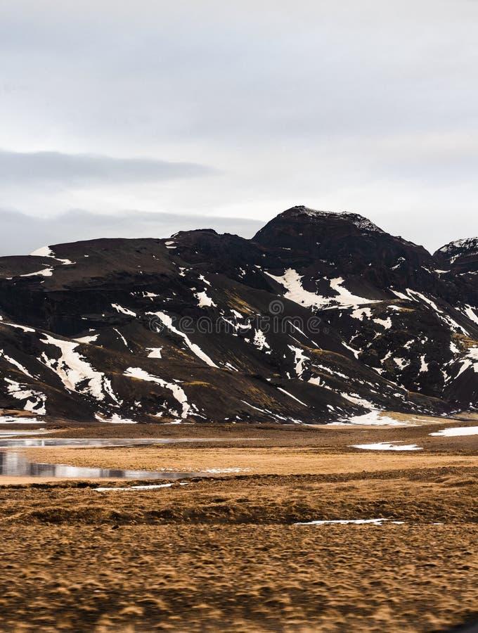 iceland berg arkivbild
