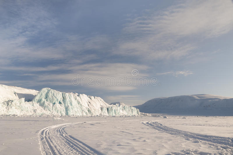 Icerberg nas ilhas de Svalbard fotos de stock royalty free
