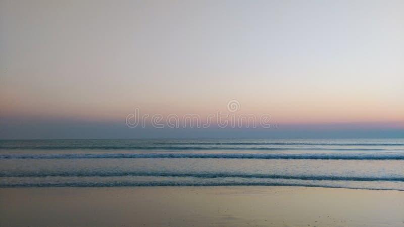 Ich warte auf Sonnenaufgang an Hua-hin lizenzfreies stockbild