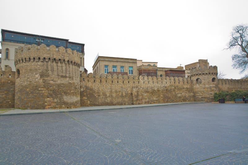 Icheri sheher在巴库 阿塞拜疆 老堡垒的门,对巴库老镇的入口 巴库,阿塞拜疆 耶路撒冷旧城的墙壁我 库存照片