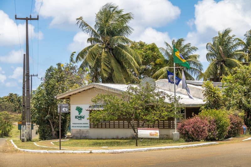ICMBio Chico Mendes Institute Headquarters bij Boldro-Dorp - Fernando de Noronha, Pernambuco, Brazilië royalty-vrije stock foto's